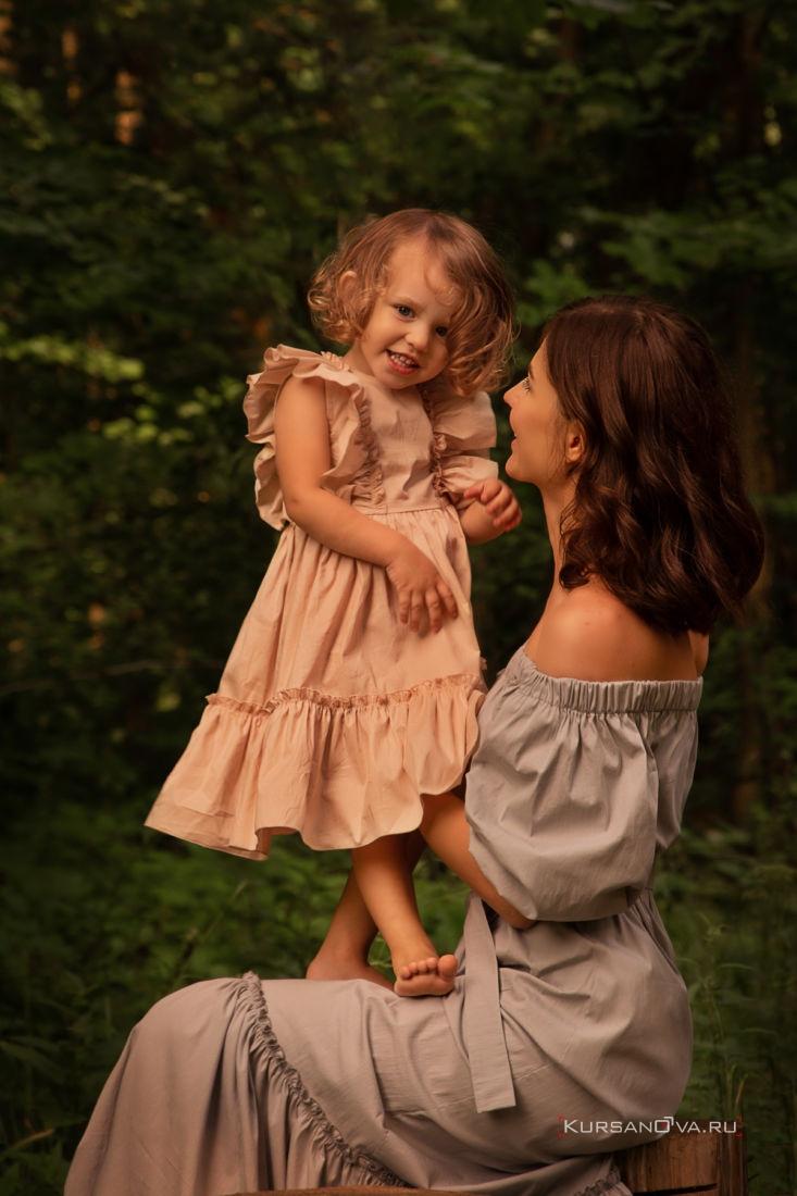 Семейная фотосессия нижний новгород фотограф заснял как мама и дочка играют