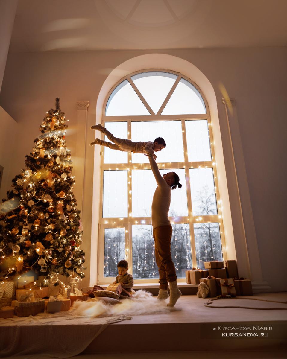 Новогодняя фотосессия проходила в Нижнем Новгороде в одной из красивых студий города.