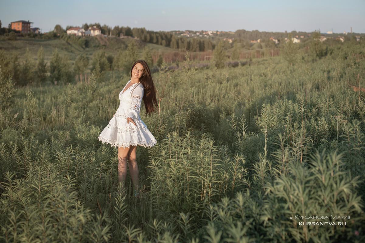 Фотосессия в люпинах поле, закат лето