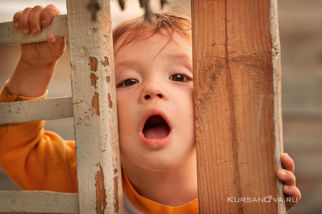 детская фотосессия нижний новгород фотограф заснял как малыш играет