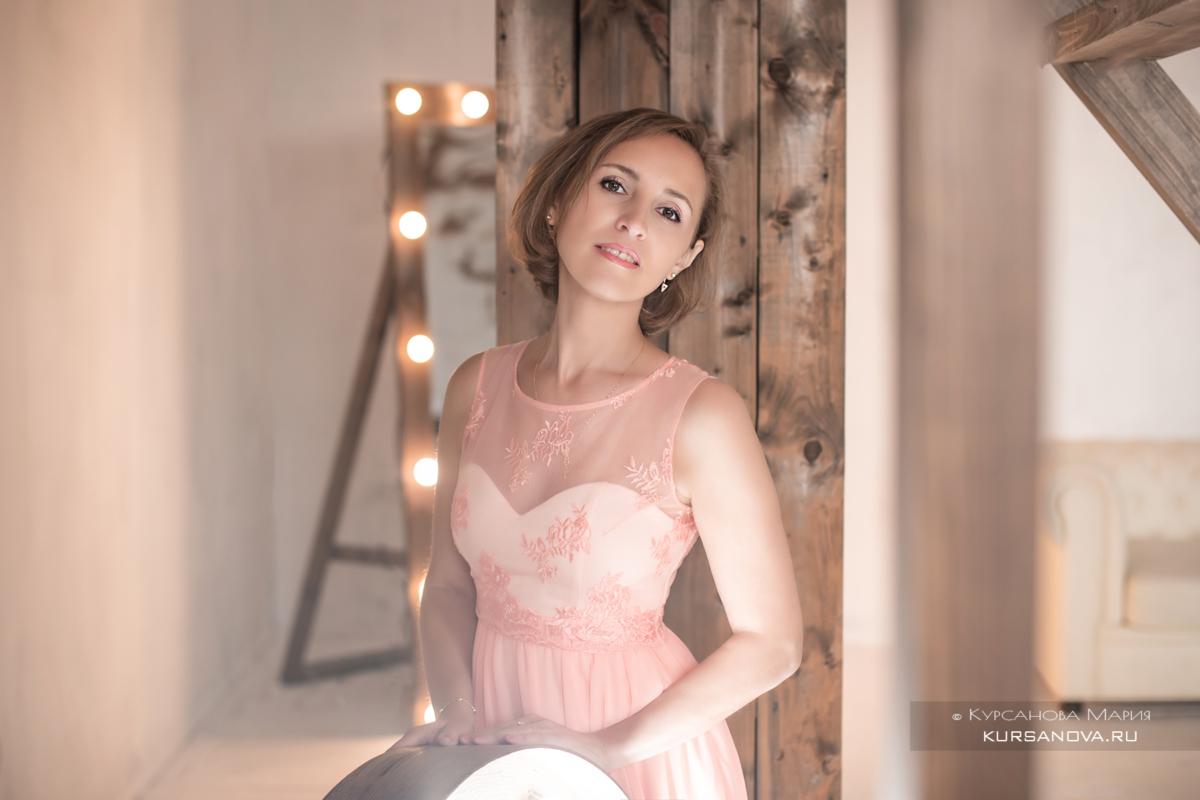 Фотосессия девушек в платье студия